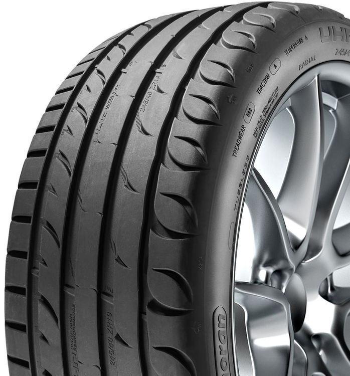 Kormoran 245/35/18 Produktion Michelin